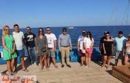 وزير السياحة والآثار يتفقد الإجراءات الوقائية بأحد المراكب السياحية بشرم الشيخ