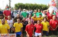 وزير الشباب والرياضة يشارك بمهرجان للمشي بالاسماعيليه
