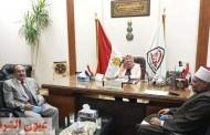 نائب رئيس جامعة الزقازيق لشئون خدمة المجتمع وتنمية البيئة تلتقي وفد بيت العائلة المصرية