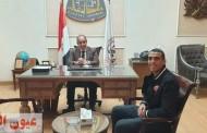 رئيس جامعة الزقايق يستقبل أول معيد بكلية التربية الرياضية من أبناء دار رعاية المدينة المنورة بالعاشر