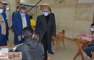 رئيس جامعة الزقازيق يتفقد سير إمتحانات الفصل الدراسي الأول بكليتى الصيدلة والعلوم وسط إجراءات إحترازية مشددة