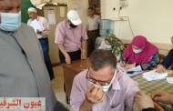 تطعيم المدرسين والعاملين بمدارس الشرقية بلقاح كورونا تزامناً مع إمتحانات الثانوية الأزهرية