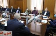وزير النقل يناقش مع قيادات الهيئة تنفيذ خطة تطوير العنصر البشري للتعامل مع التكنولوجيا الحديثة