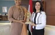 زيارة هيلين لورنس وزيرة بوركينا فاسو للمرأة والتضامن الوطني والأسرة للمجلس القومي للمرأة