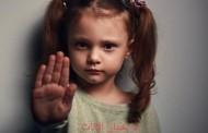 نزيف حاد بسبب عملية ختان لطفلة علي يد مسعف