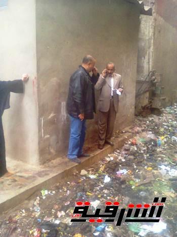جولة رئيس مدينة كفر صقر تكشف سوء حالة النظافة بالشوارع