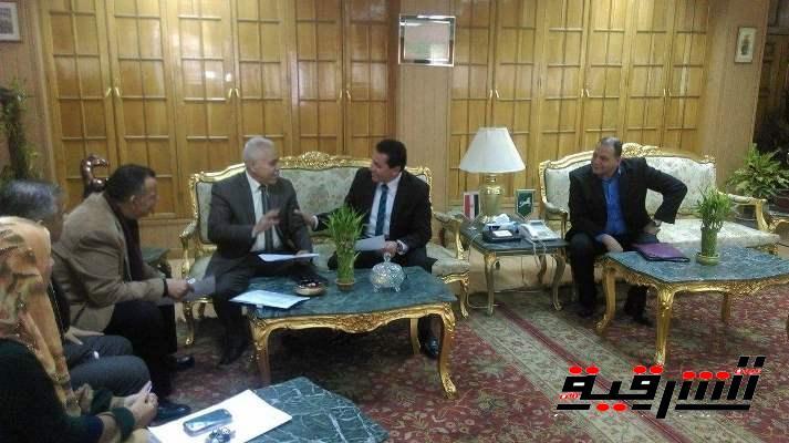 عبدالسلام يبحث مع وفد من وزارة التنمية الإدارية تفعيل مشروع تقديم الخدمات الحكومية