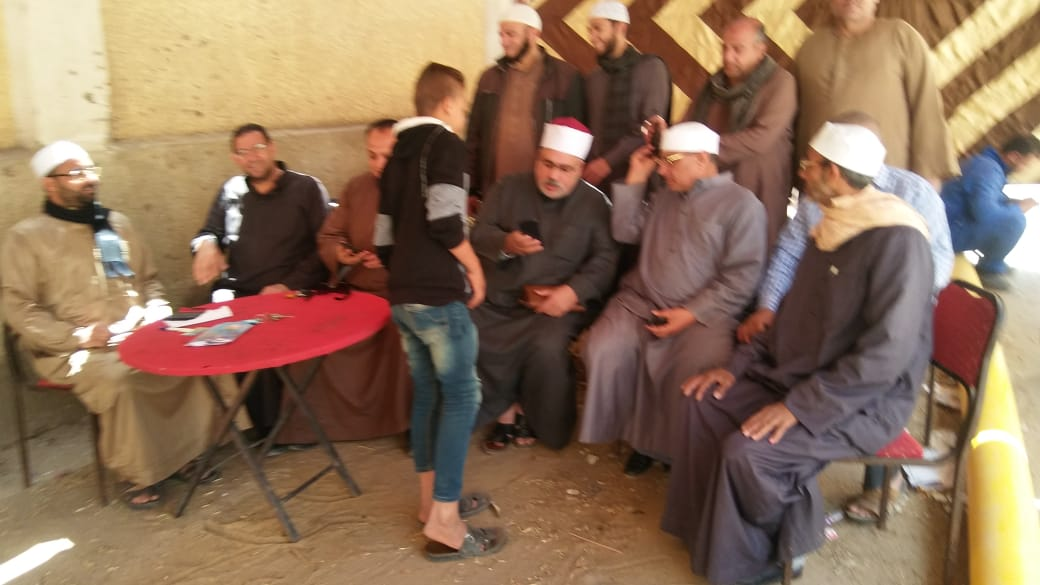 إقبال كثيف على لجان الأستفتاء لليوم الثانى على التوالى فى أبوحماد