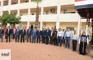 محافظ الشرقية يشهد طابور الصباح بمدرسة جمال عبد الناصر الثانوية بنين بمنيا القمح
