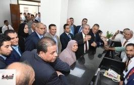 وزير التموين ومحافظ الشرقية يفتتحان مركز خدمة المواطنين ببردين