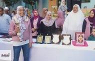 رئيس المنطقة الأزهرية بالشرقية يكرم الطالبة